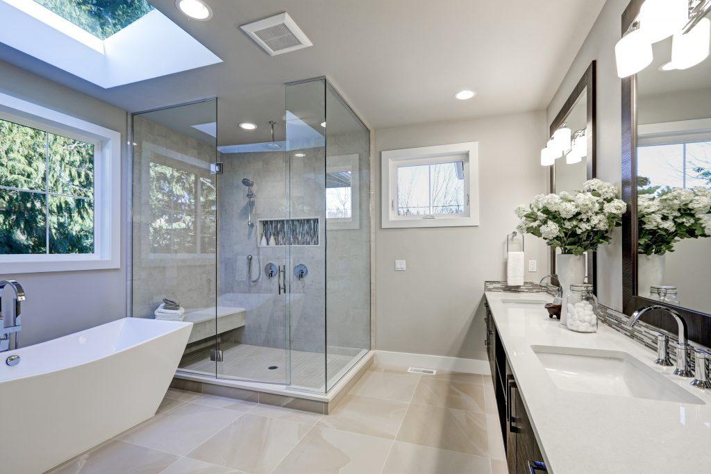 Trinkwasserhygiene durch die chemische Desinfektion im Badezimmer wiederherstellen