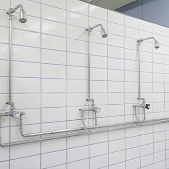 Duschanlage in Sportstätten